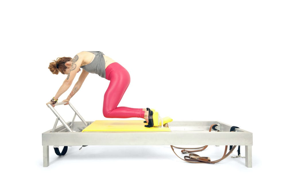 Knee Stretches on the Reformer | Online Pilates Classes