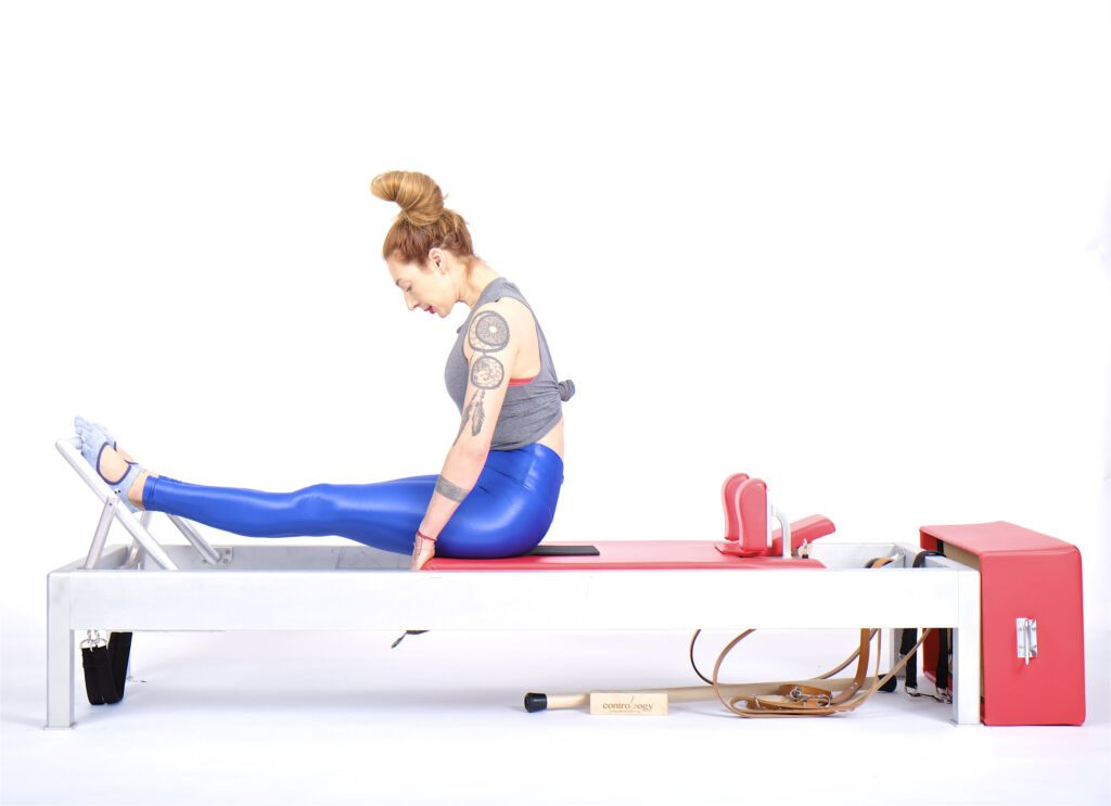 Stomach Massage Round Back on the Reformer - Online Pilates Classes